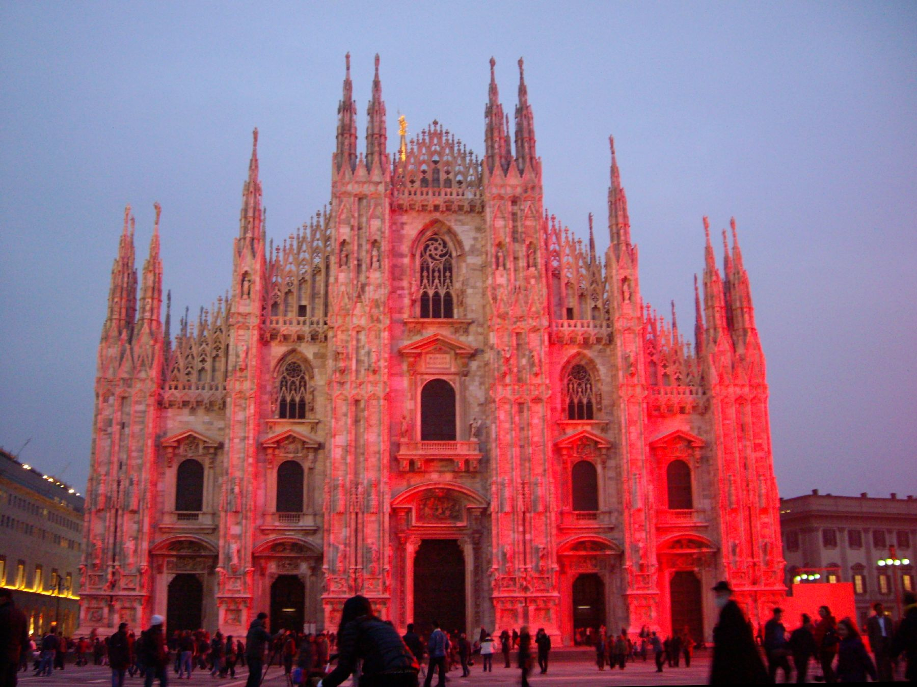 Top 10 things to visit in milan dana 39 s boots for Best places to see in milan