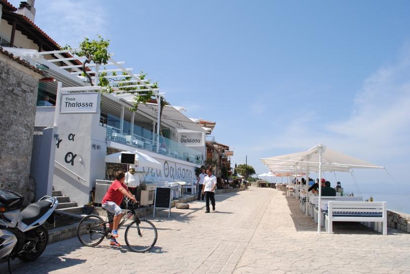 Thea Thalassa Restaurant in Afitos