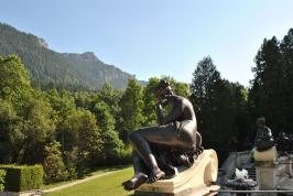 Linderhof Palace - garden art