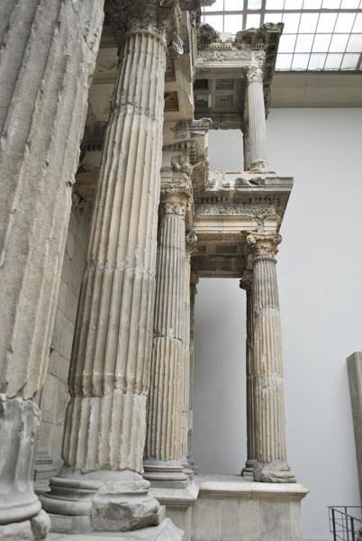 Market Gate of Miletus - columns