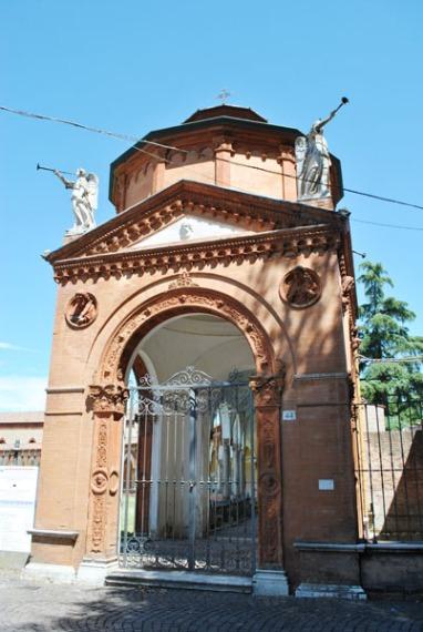 Certosa Cemetery in Ferrara