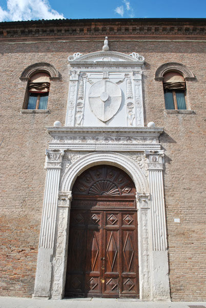 Palazzo Schifanoia's monumental entrance